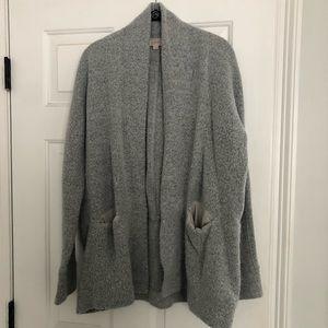 Cozy sweater cardigan with pockets